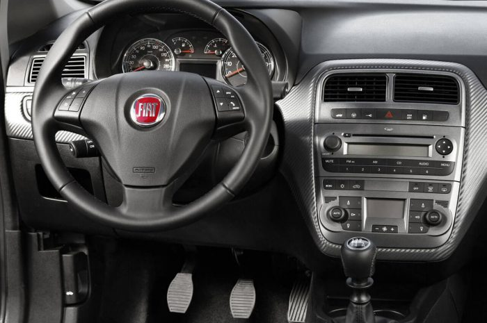 Fiat_Grande_Punto_Natural_Power+interior_design(iç_dizayn)