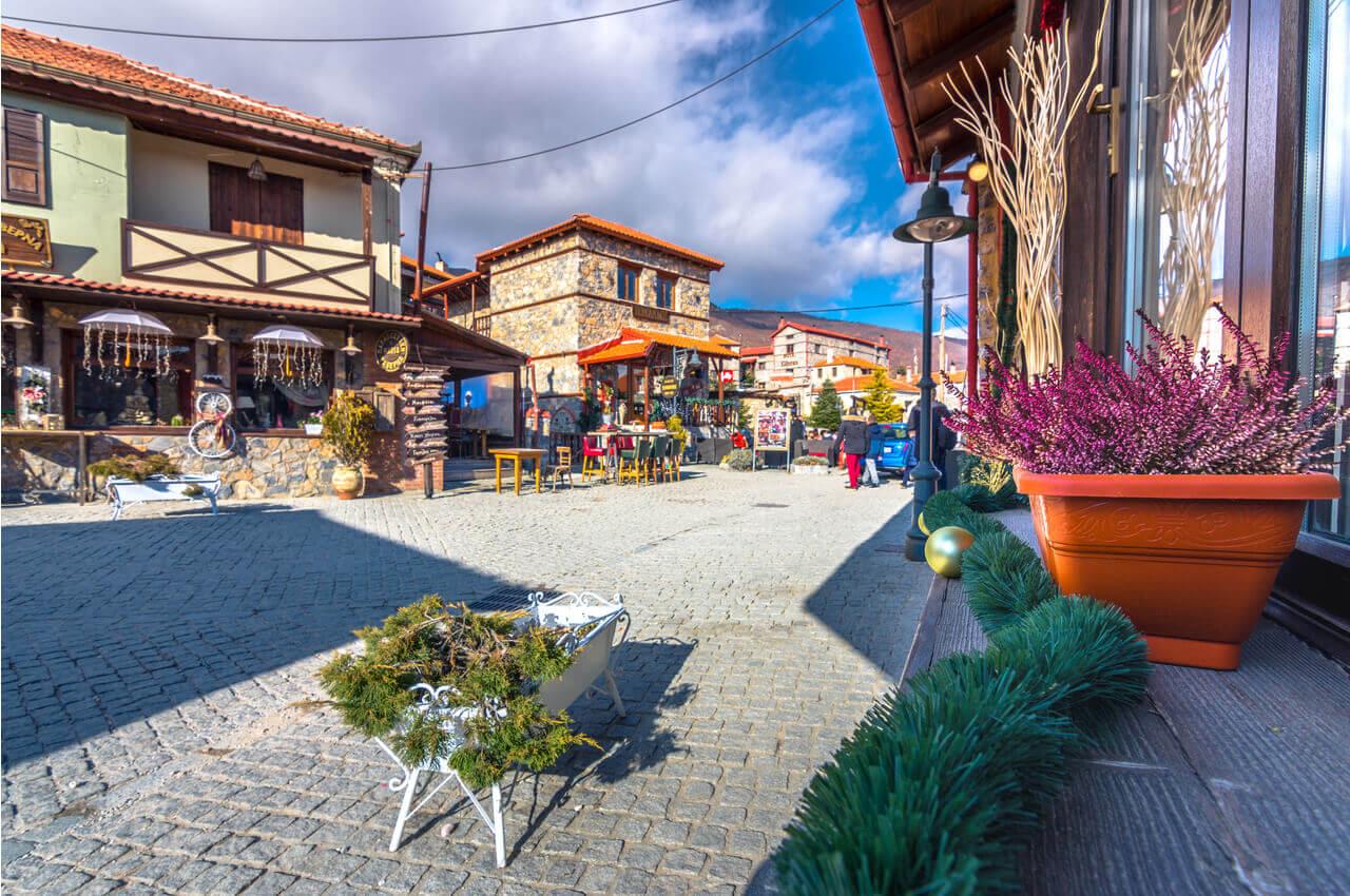 Agios Athanasios von Pella-Restaurants-AlphaDrive